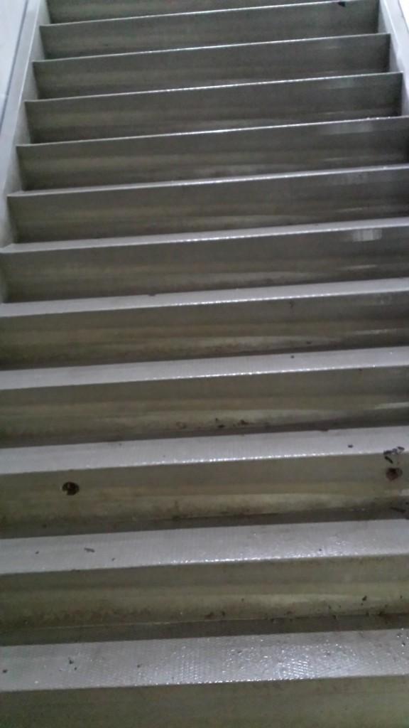 Bouw 26 aug. 1 vd 3 trappen